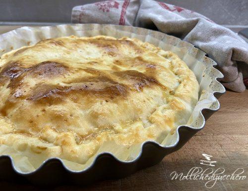Focaccia con peperoni e formaggio cremoso