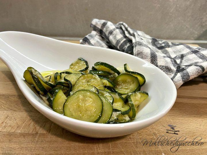 zucchine saporite in padella