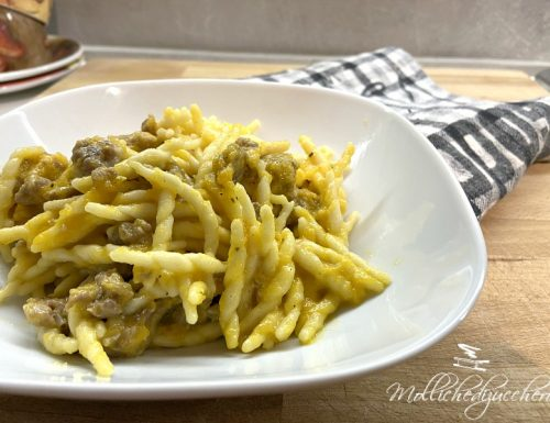 Pasta con zucca e salsiccia ricetta saporita