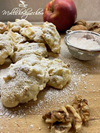biscotti morbidi alle mele e noci