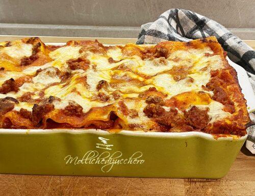 Lasagne al forno con ragù di salsiccia