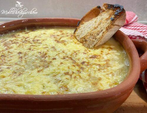 Zuppa di cipolle ricetta saporita