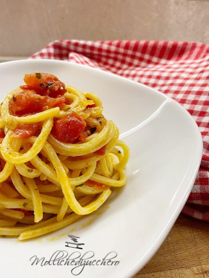 pasta pomodorini e basilico