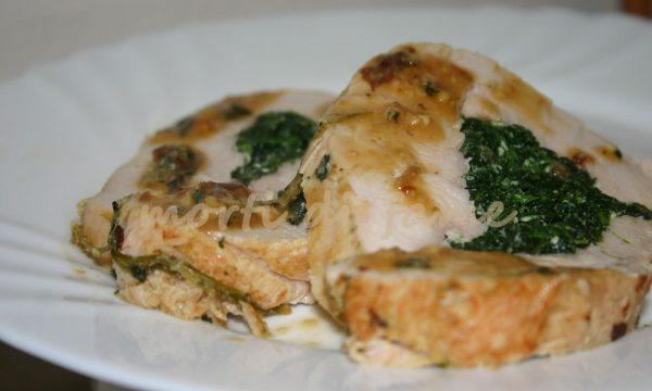 Rotolo di petto di tacchino agli spinaci, ricetta leggera