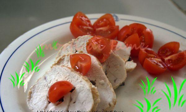 Rotolo di petto di pollo al formaggio, ricetta leggera