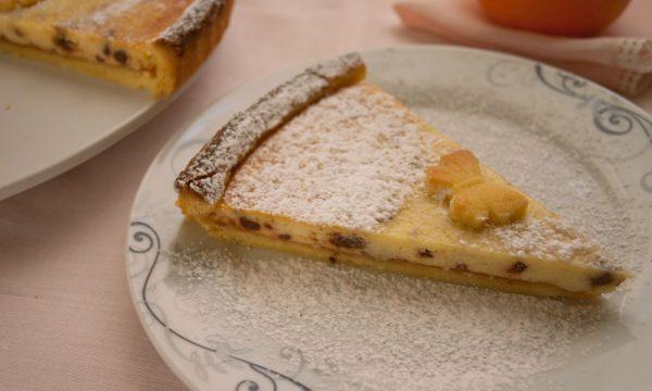 Crostata di ricotta con marmellata di arance e gocce di cioccolato, ricetta golosa