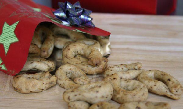Taralli piccanti con esubero di lievito madre, ricetta riciclo