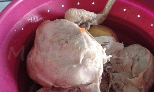 Un pollo lesso e poco altro: ecco come ho fatto 4 ricette