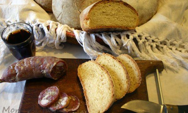 Marizzoseddus cun fromentu, pane sardo tradizionale con lievito madre