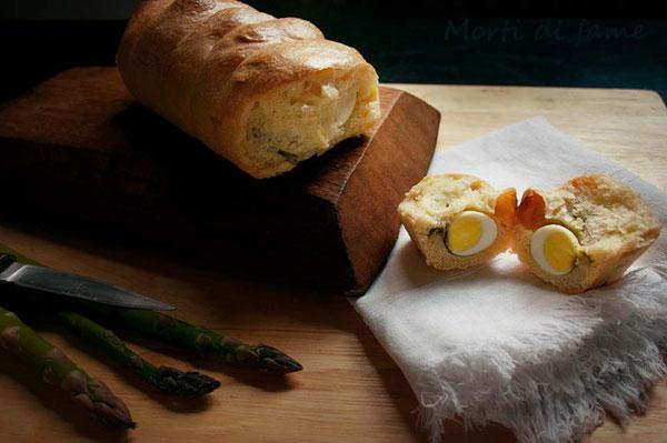 pane con asparagi uova di quaglia morti di fame