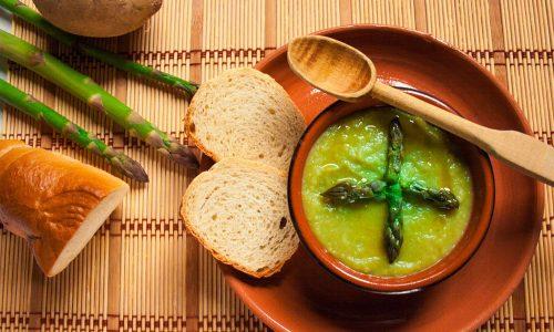 Vellutata di asparagi, ricetta facile