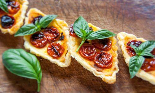 Mini quiche ai pomodorini confit, ricetta facile