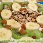 Yogurt con avena croccante e frutta, ricetta nutriente, menu dieta weight watchers, Mangia senza Pancia