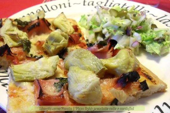 Pizza prosciutto cotto e carciofini, ricetta light, Mangia senza Pancia
