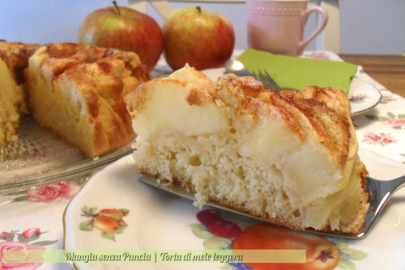 Torta di mele leggera, ricetta dolce, Mangia senza Pancia
