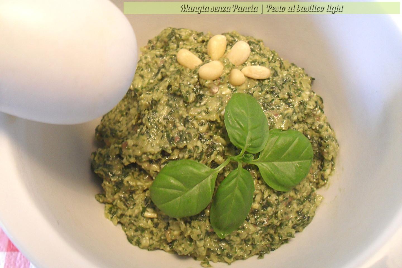 Ricetta Pesto Light.Pesto Di Basilico Light Ricetta Di Base