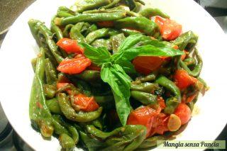 Peperoncini verdi dolci al pomodoro, ricetta vegetariana