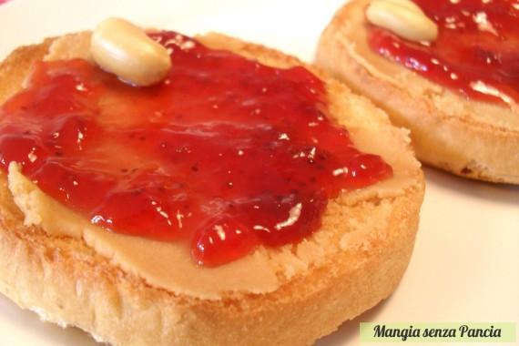 Fette con burro di arachidi e marmellata, PBJ sandwich, diario di una dieta - Giorno 459 - Pesata 61, Mangia senza Pancia