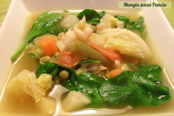 Minestrone leggero, ricetta vegetariana, oltre la dieta: il diario - 26 gennaio 2014, Mangia senza Pancia