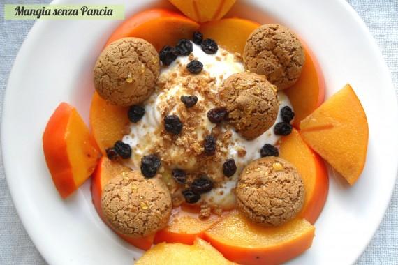 Cachi con amaretti e yogurt, ricetta leggera, Mangia senza Pancia