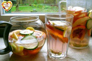 Bevanda depurativa alla frutta invernale