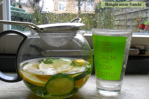 Bevanda depurativa limone cetriolo menta, oltre la dieta: il diario - 10 febbraio 2014, Mangia senza Pancia