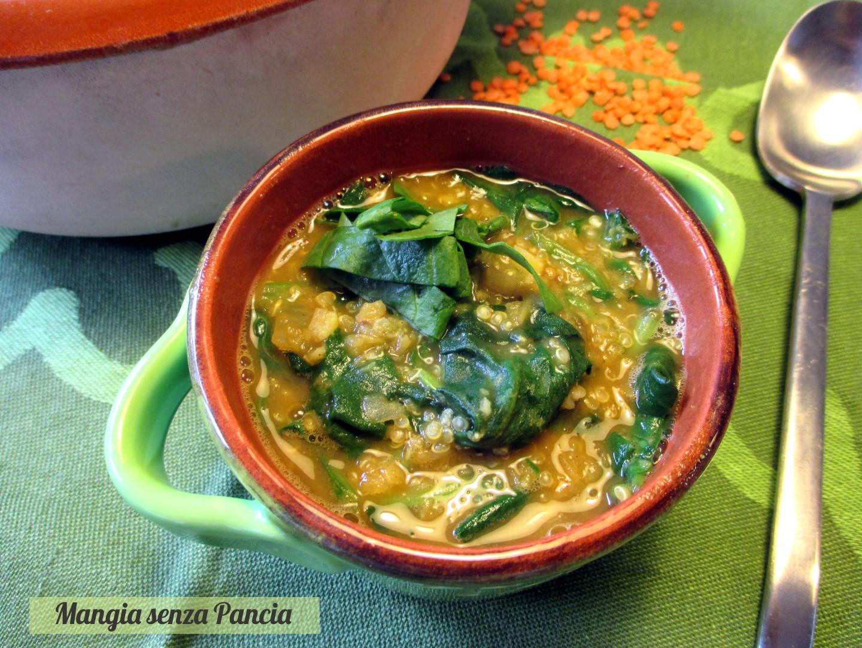 Zuppa lenticchie spinaci e quinoa