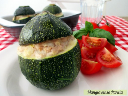 Zucchine tonde ripiene con tonno, ricetta leggera, Mangia senza Pancia