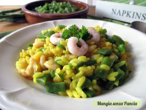Risotto gamberetti, fagiolini e curcuma, Mangia senza Pancia