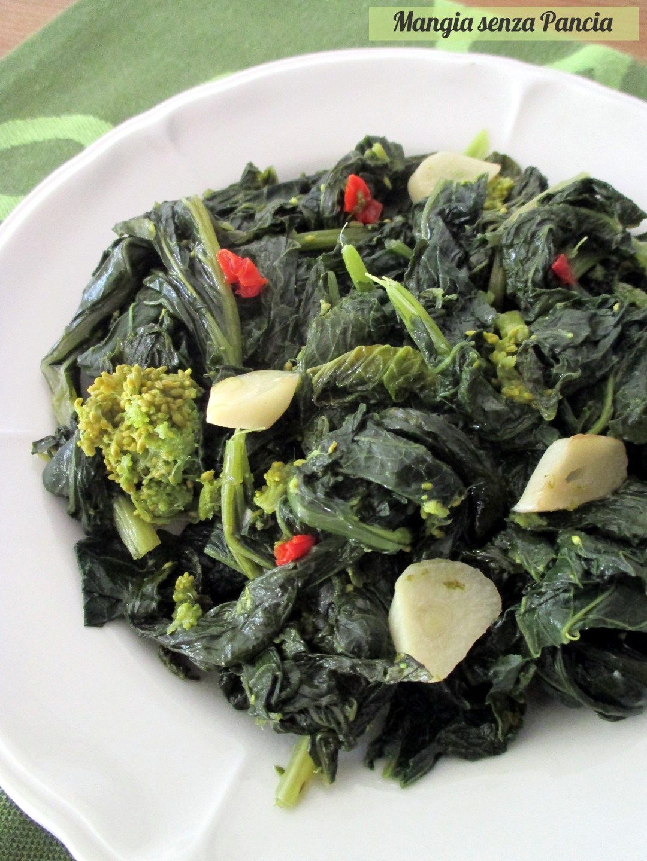 Cime di rapa aglio olio e peperoncino - Mangia senza Pancia