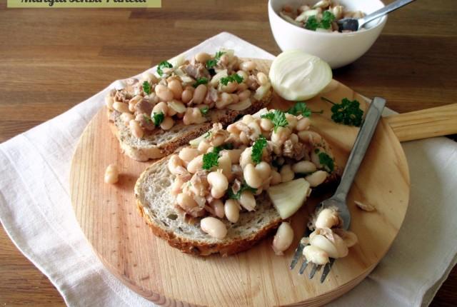 Fagioli e tonno all'insalata