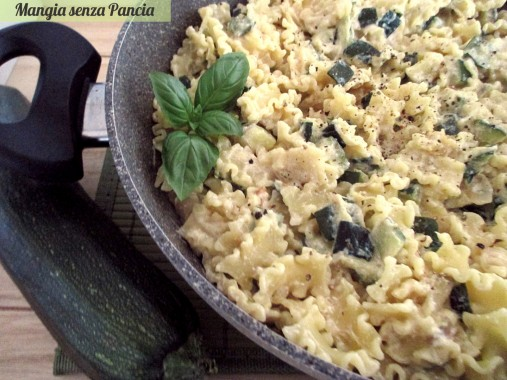 Pasta e zucchine cremosa al basilico, Mangia senza Pancia