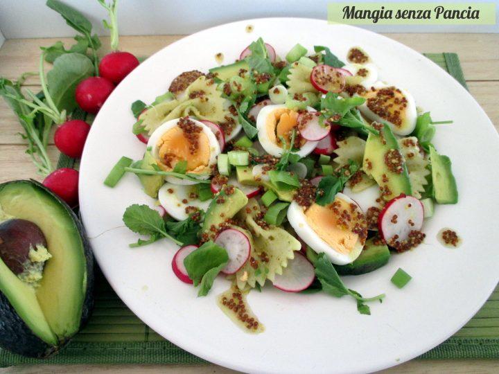 Pasta fredda con verdure uova e avocado, Mangiasenzapancia