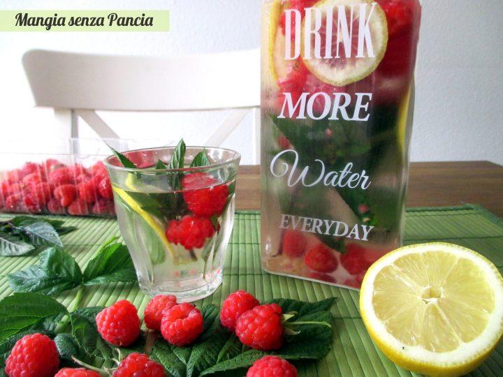 Bevanda depurativa lamponi limone e menta, Mangia senza Pancia