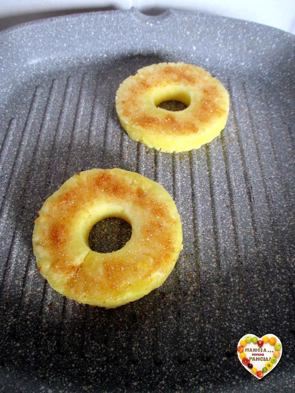 Ananas grigliato con crema di yogurt, Mangia senza Pancia