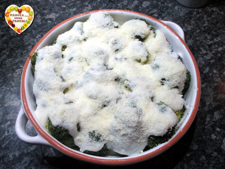 broccoli gratinati con besciamella, Mangia senza Pancia
