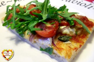 Pizza pomodorini rucola e caprino light