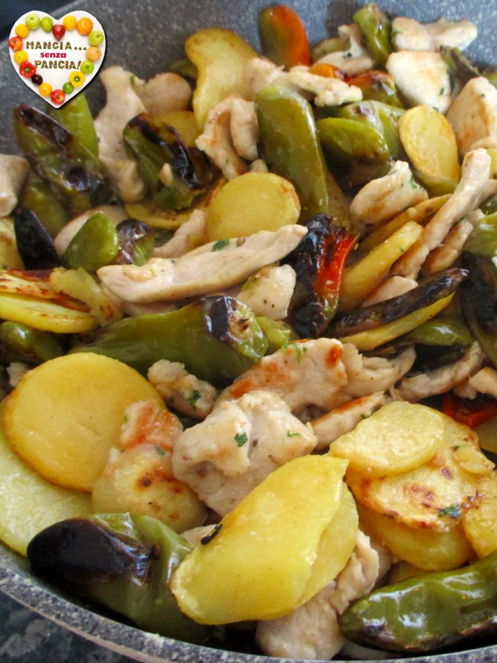 Pollo con peperoni friggitelli e patate in padella, Mangia senza Pancia