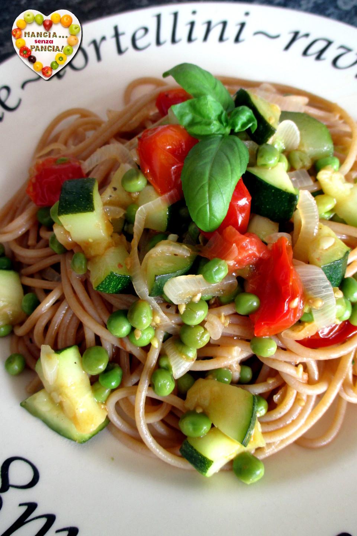 Pasta con piselli, zucchine e pomodorini, Mangia senza Pancia
