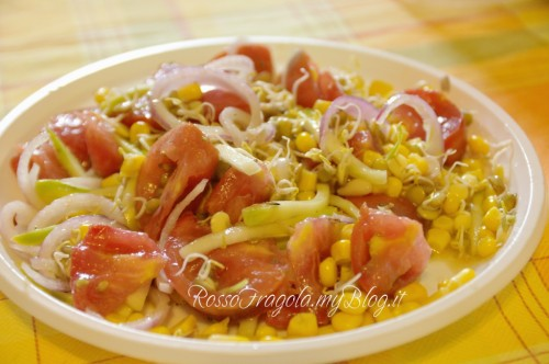 insalata mista con zucchine ricetta con germogli di lenticchie