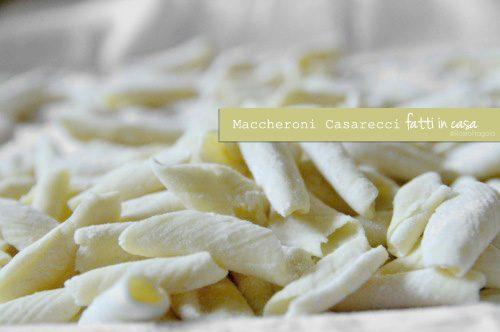 Maccheroni caserecci – pasta fatta in casa