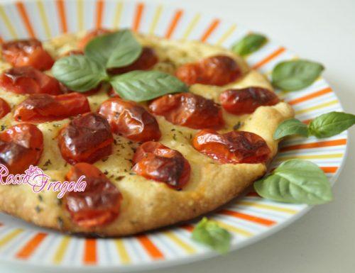 Focaccia con pomodori datterini
