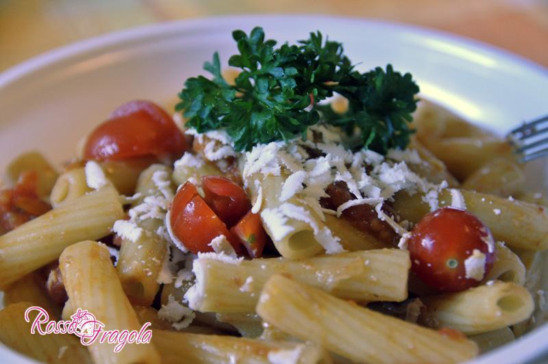 pasta-al-pomodoro-ciliegino-immagine.jpg
