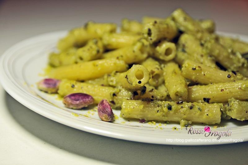 sedanini-al-pesto-di-pistacchio.jpg