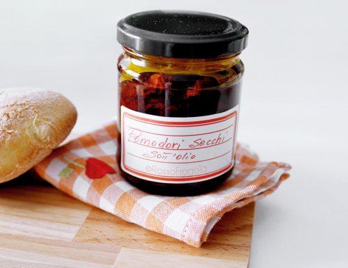 Pomodori secchi sott'olio – ricetta conserve