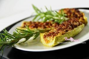 Zucchine ripiene di carne gratinate al forno