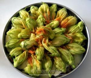 Sformato di patate con fiori di zucca
