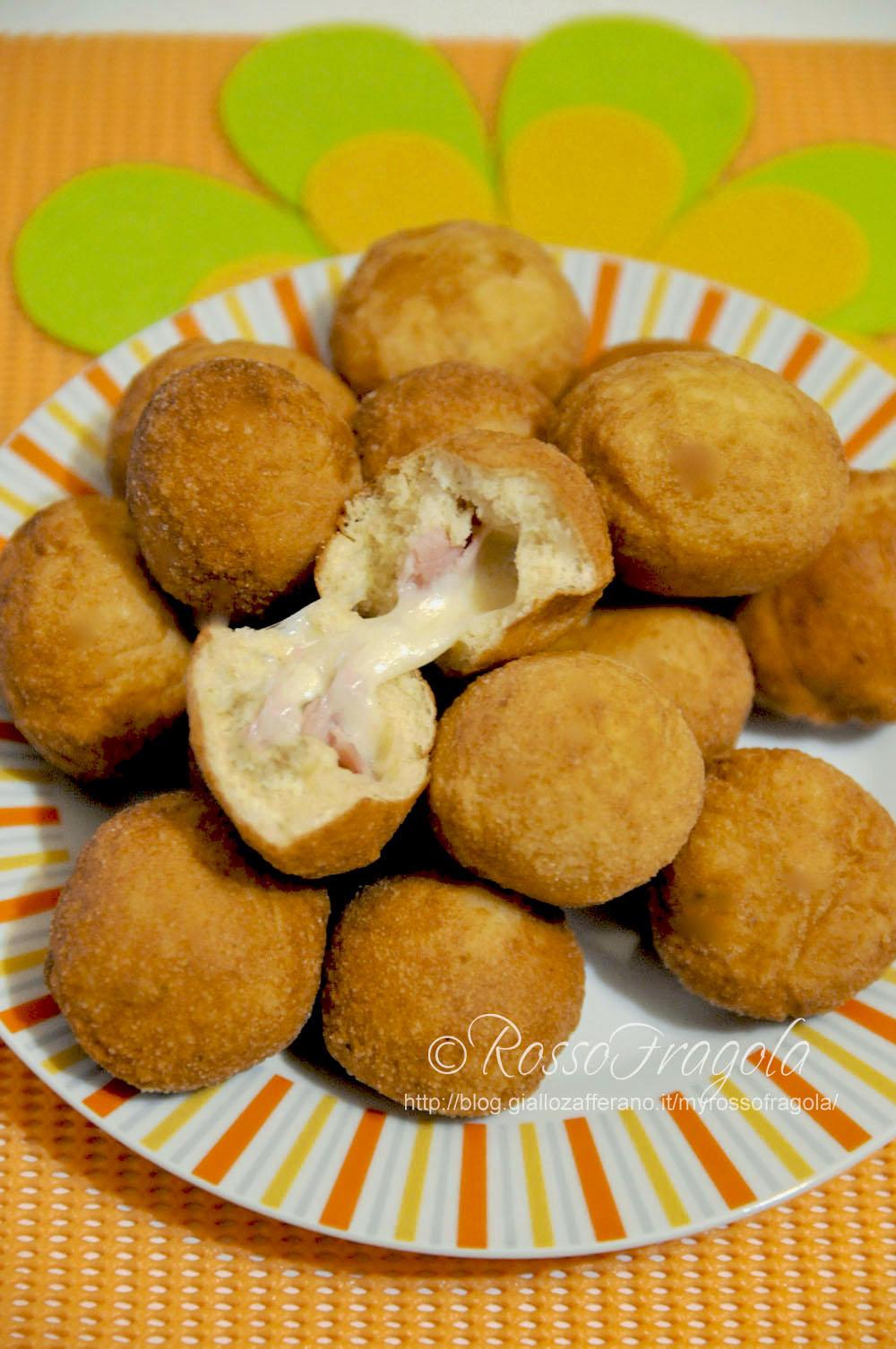 Bombette filanti - frittelle con prosciutto e mozzarella