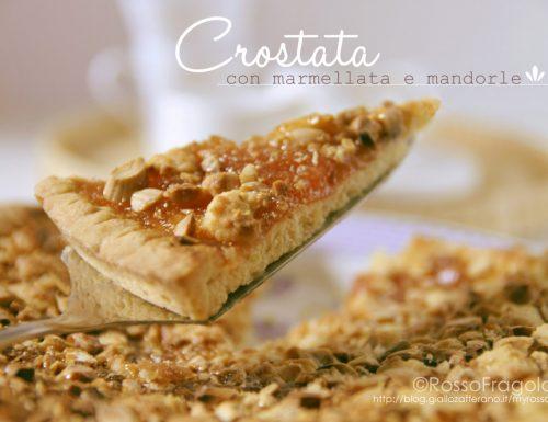 Crostata con marmellata e mandorle semplice e genuina