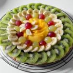 Crostata di frutta con crema p...